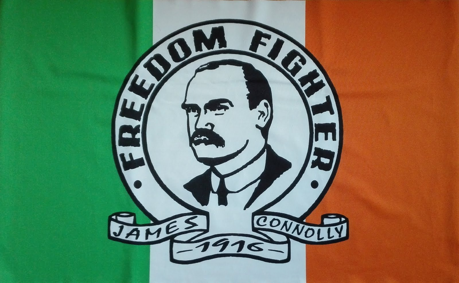 Banderola 'James Connolly - Tricolor' - 8€