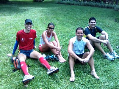 Grupo de atletas de trail