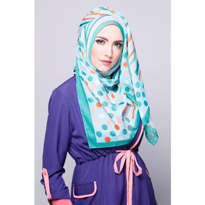 Model Pashmina Sifon Zoya Polkadot