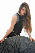 Farah khan glamorous photos-thumbnail-7
