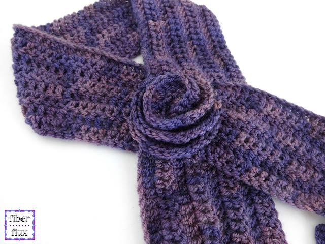 Crochet Pattern Keyhole Scarf : Fiber Flux: Free Crochet Pattern...Vintage Blossom Keyhole ...