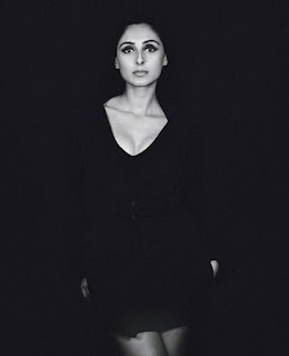 Pernia Qureshi 009.jpg