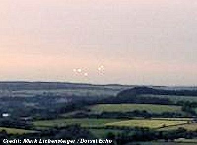UFOs in Dorset - Mystery lights on Zig Zag Hill – August 2013