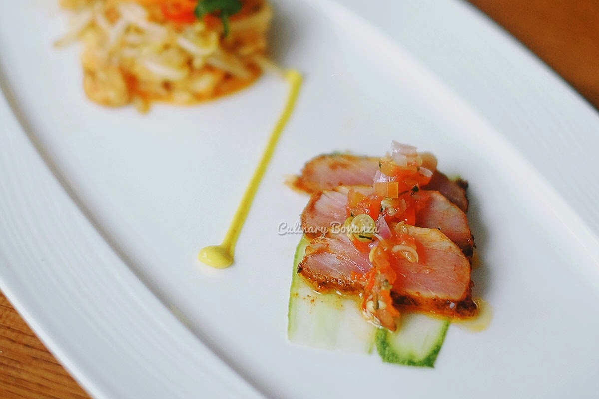 Appetizer Tuna Dabu Salad - (superficially seared tuna, served with bean sprout & tofu salad with dabu-dabu sauce (www.culinarybonanza.com)