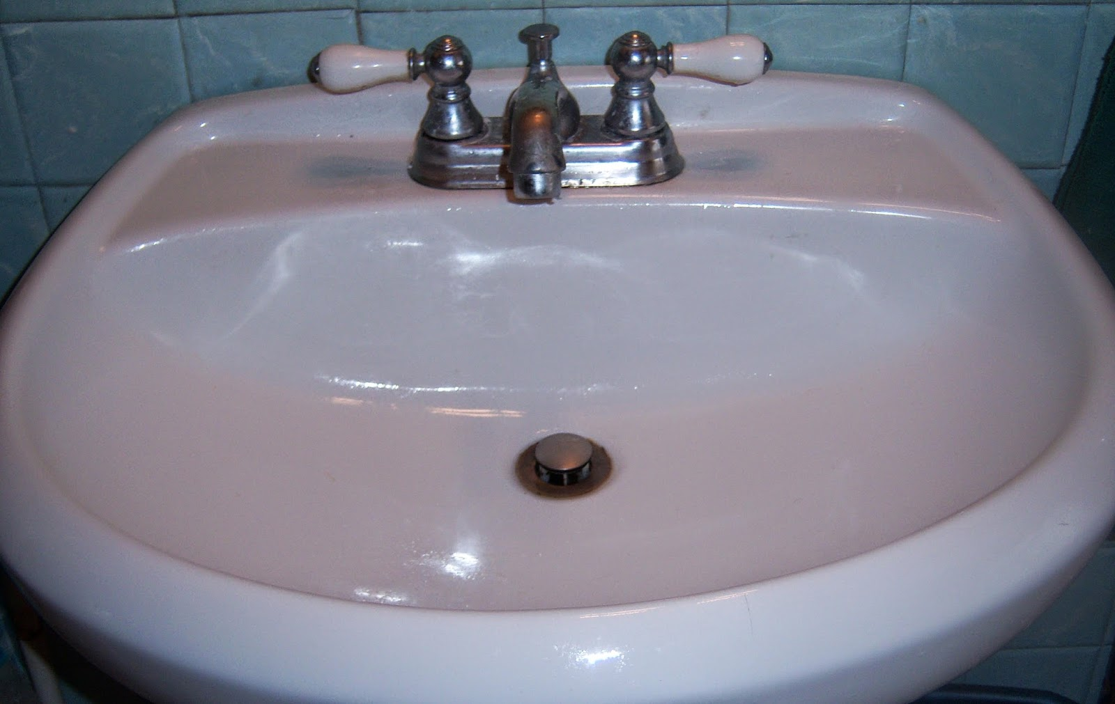 Bathroom sink cleaner 28 images is it true that - Best way to clean kitchen sink drain ...