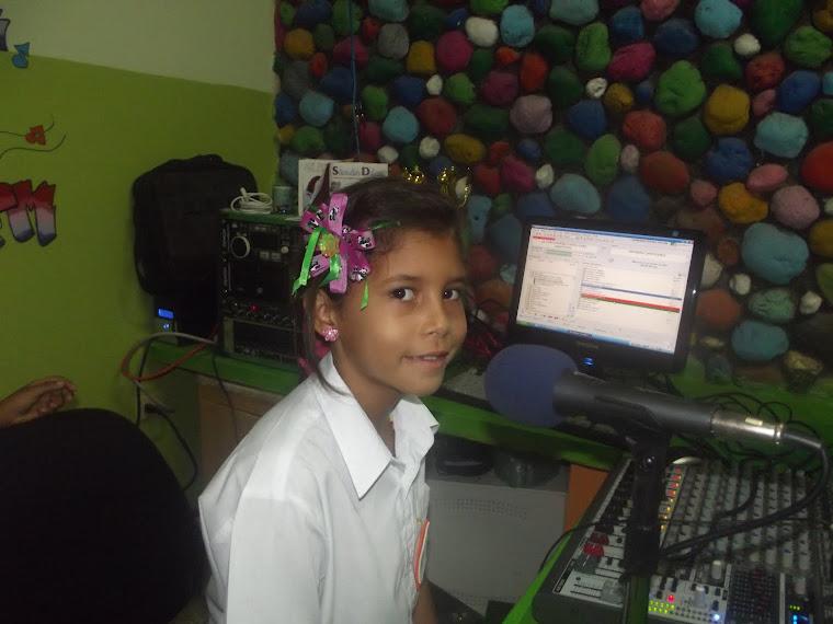 DESDE LOS ESTUDIOS DE GARMENDIA ESTEREO 105.1 FM