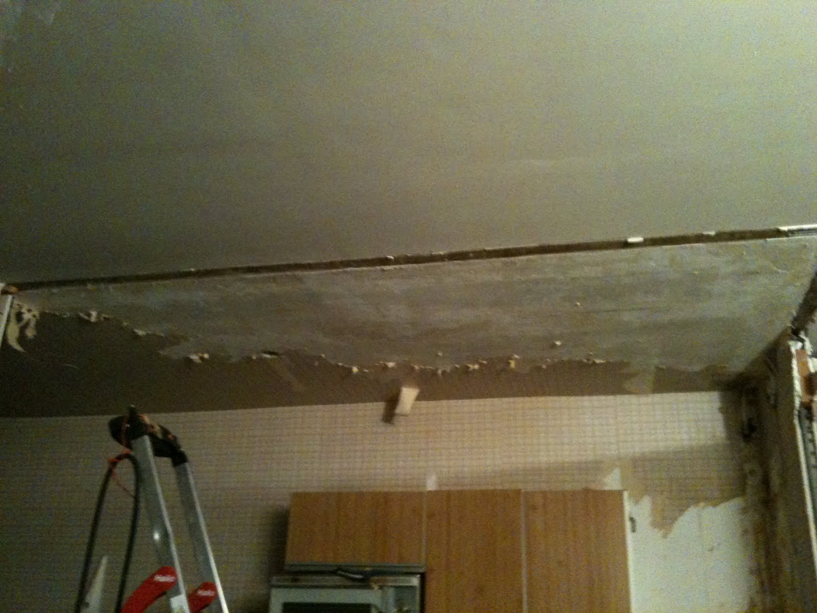 Design my flat refaire le plafond mauvaise id e for Faire un plafond