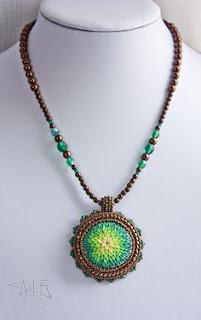http://www.auntiesbeads.com/Jewelry-Videos.html