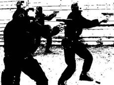 intento de asesinato y acorralados por los disparos de la policía