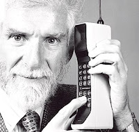PANGGILAN TELEFON BIMBIT PERTAMA DI DUNIA
