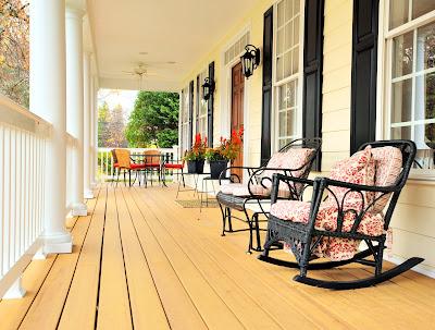 Area de relax en una casa muy linda con sillones