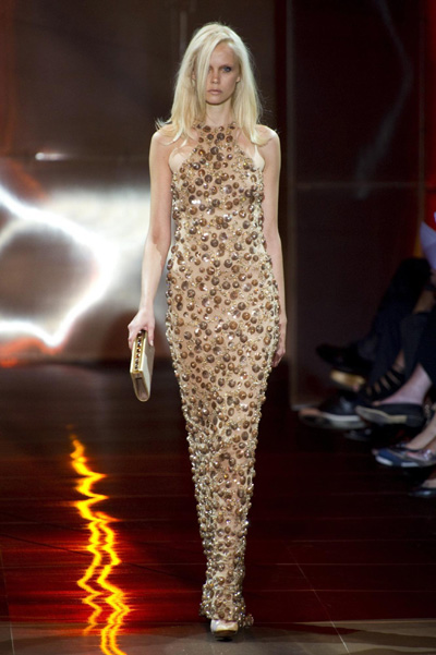 This dress is from the Giorgio Armani Prive's fall 2010 haute couture ...
