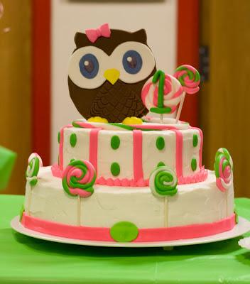 Mammalog Bright Eyed Owl Birthday Cake
