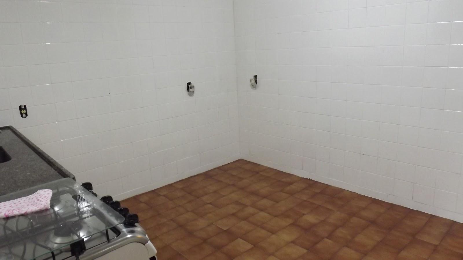 Renata Costa Arquiteta: Azulejo velho   tinta epóxi = cozinha nova #684631 1600x901 Banheiro Azulejo Ou Tinta