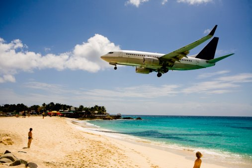 Jalur pendaratan bandara paling menakutkan didunia