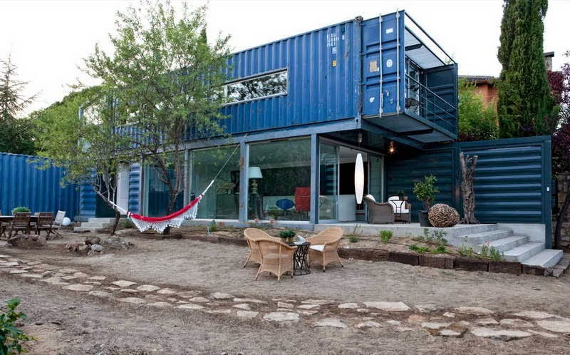 14.) This collection of containers is just epic. - All You Need is Around $2000 to Begin Building One of These Epic Homes – Made From Recycled Shipping Containers!