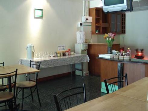 Sunwest Apartment Phuket Thailand Dining Room