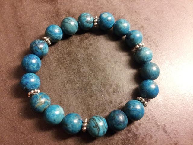 http://www.alittlemarket.com/bracelet/fr_bracelet_ethnique_prayan_en_agate_10mm_-16947200.html