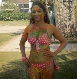 Marisa Verma Holi Bikini Picture Shoot Pictures 6.jpg