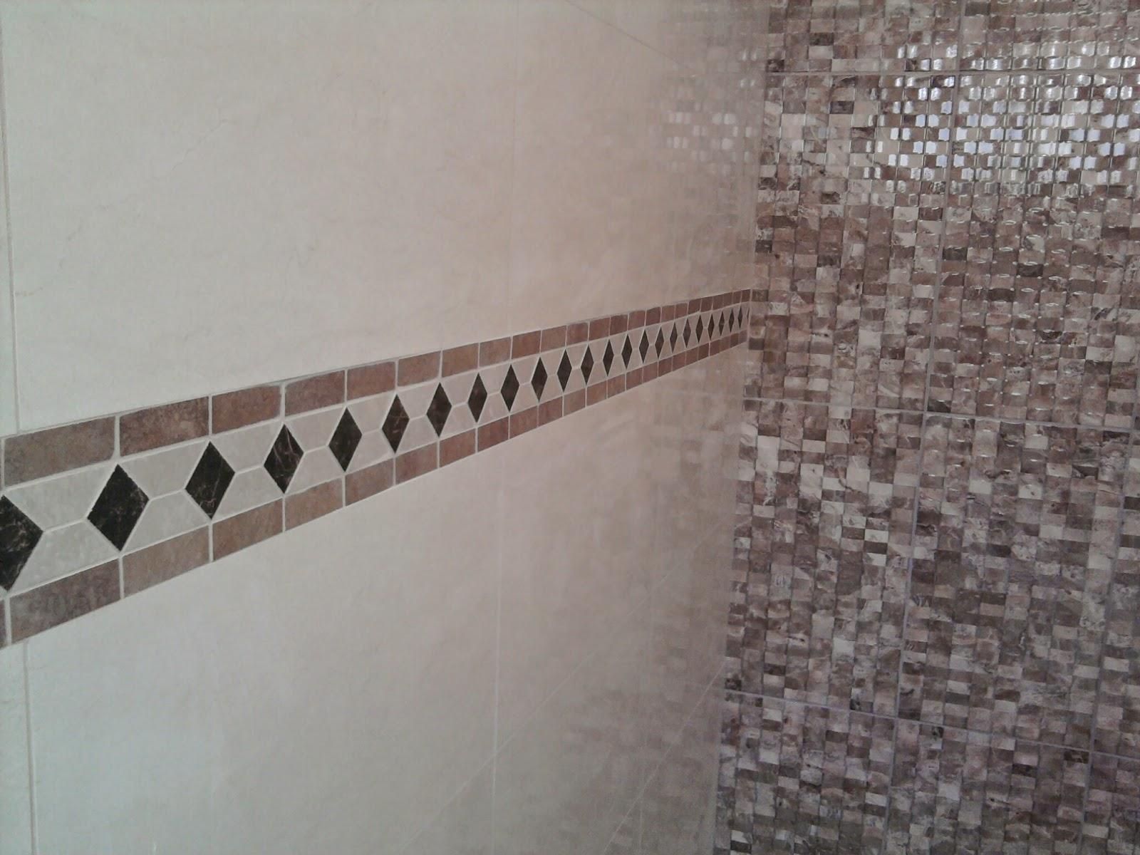 Banheiros revestidos com azulejos e faixas decorativas Eliane e no  #695951 1600x1200 Banheiro Com Azulejo Que Imita Pastilha