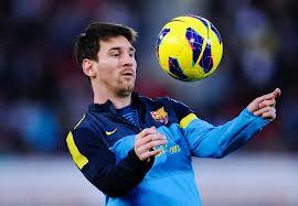 Foto Messi Bermain Bola