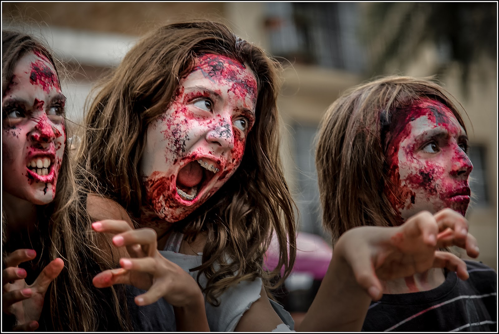 "La ""no muerte"" os sienta tan bien: Zombie Walk Sitges 2012"