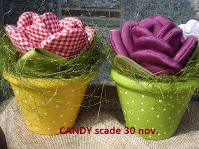 vasetti di stoffa fatti a mano