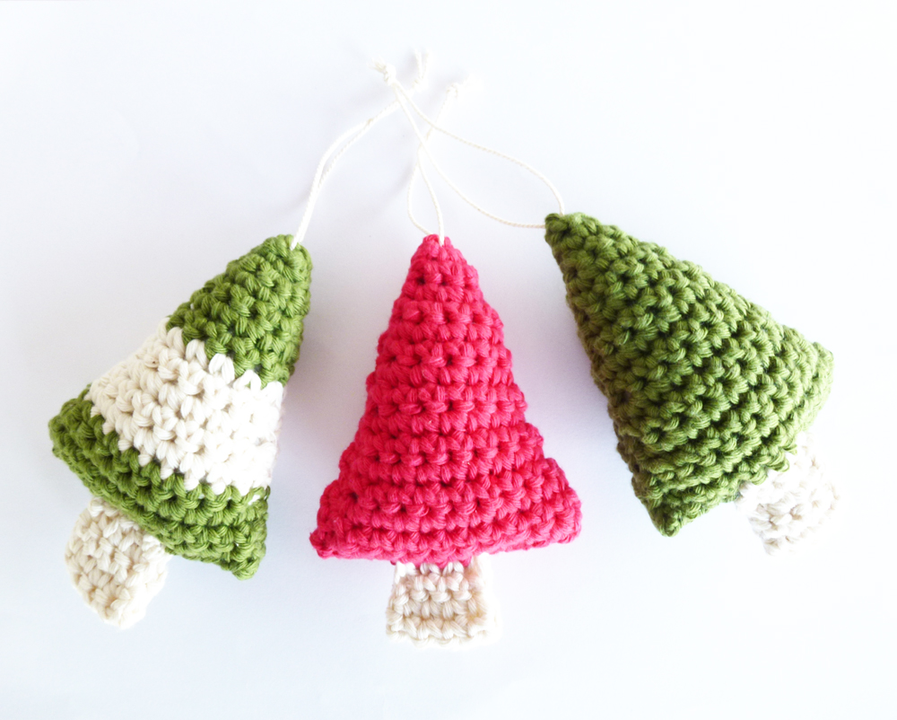 Crochet Pattern For Xmas Tree : For the Love of Crochet Along: Christmas Crochet
