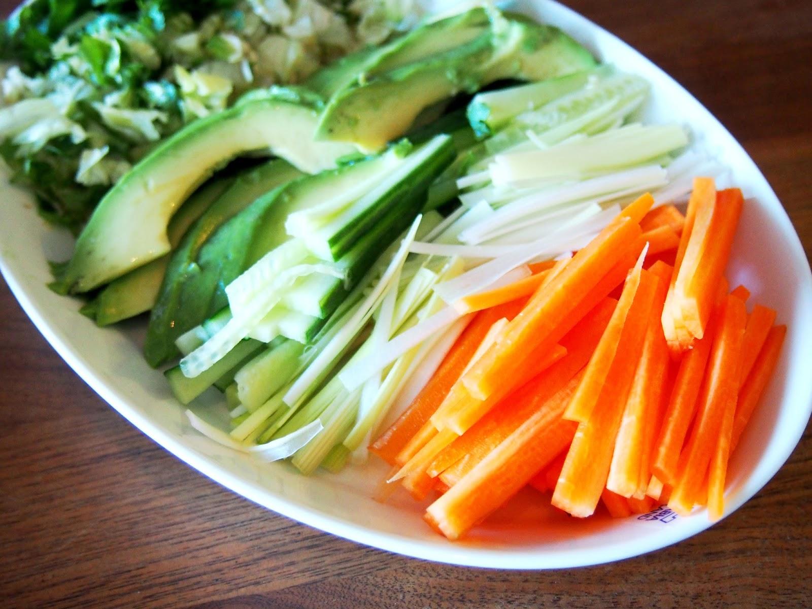 #veggie #sticks #snak #food #välipala #herkku #vegetables #kasvis #kasvikset #ruoka #party #juhlat #healthy #terveellinen #greens #green #vihreä