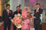 ISTERI MENDAPAT CROWN DIAMOND MANAGER 2008