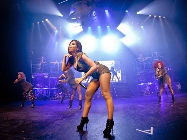 Anitta se apresenta em Lauro de Freitas (Foto: Divulgação / Ricardo Nunes)