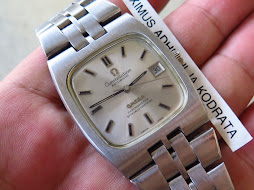 OMEGA CONSTELLATION SILVER DIAL SQUARE CASE - AUTOMATIC