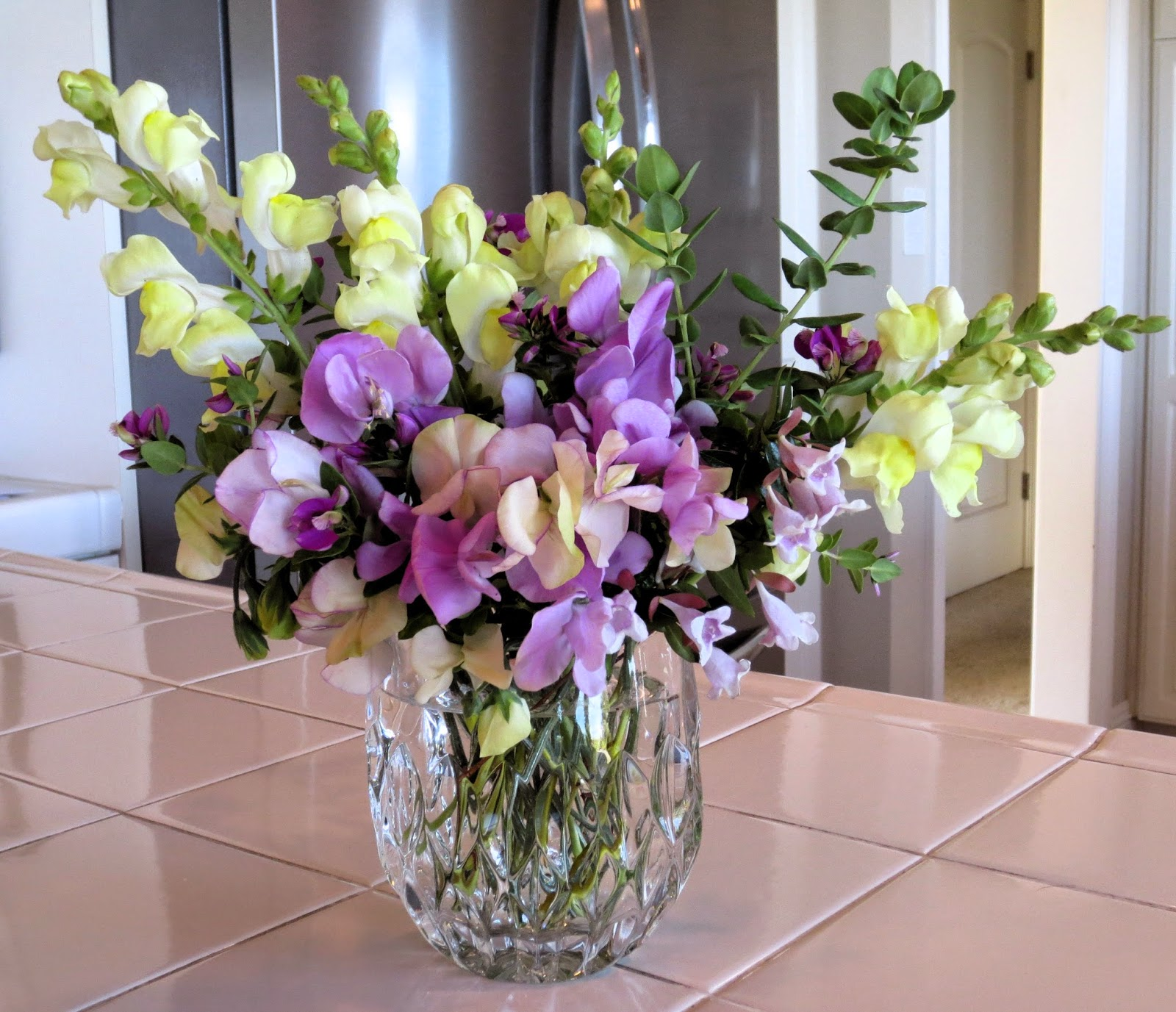 Late to the garden party in a vase on monday sweet peas reviewsmspy