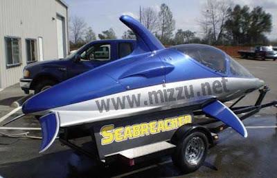 Seabreacher : Kapal Selam Berbentuk Lumba - Lumba