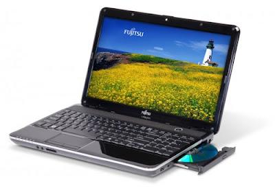 Fujitsu LIFEBOOK AH531 Notebook