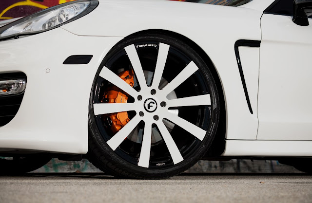 Exclusive Motoring Porsche Panamera Turbo 4S On 22″ Forgiato wheels