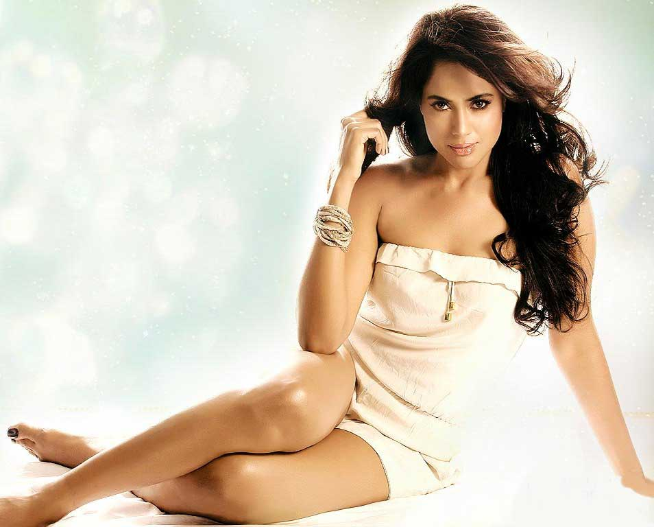 Bollywod Hot Actress Sameera Reddy Hot Photos Videos Pics Subtat