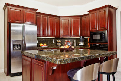 Kitchen-design-with-wood-cabinet