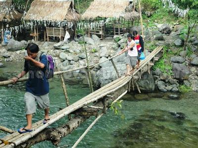 Ditumabo Falls san Luis Aurora