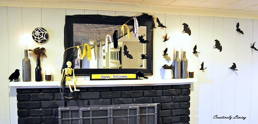 twenty halloween mantel and more decorating ideas - Halloween Mantle