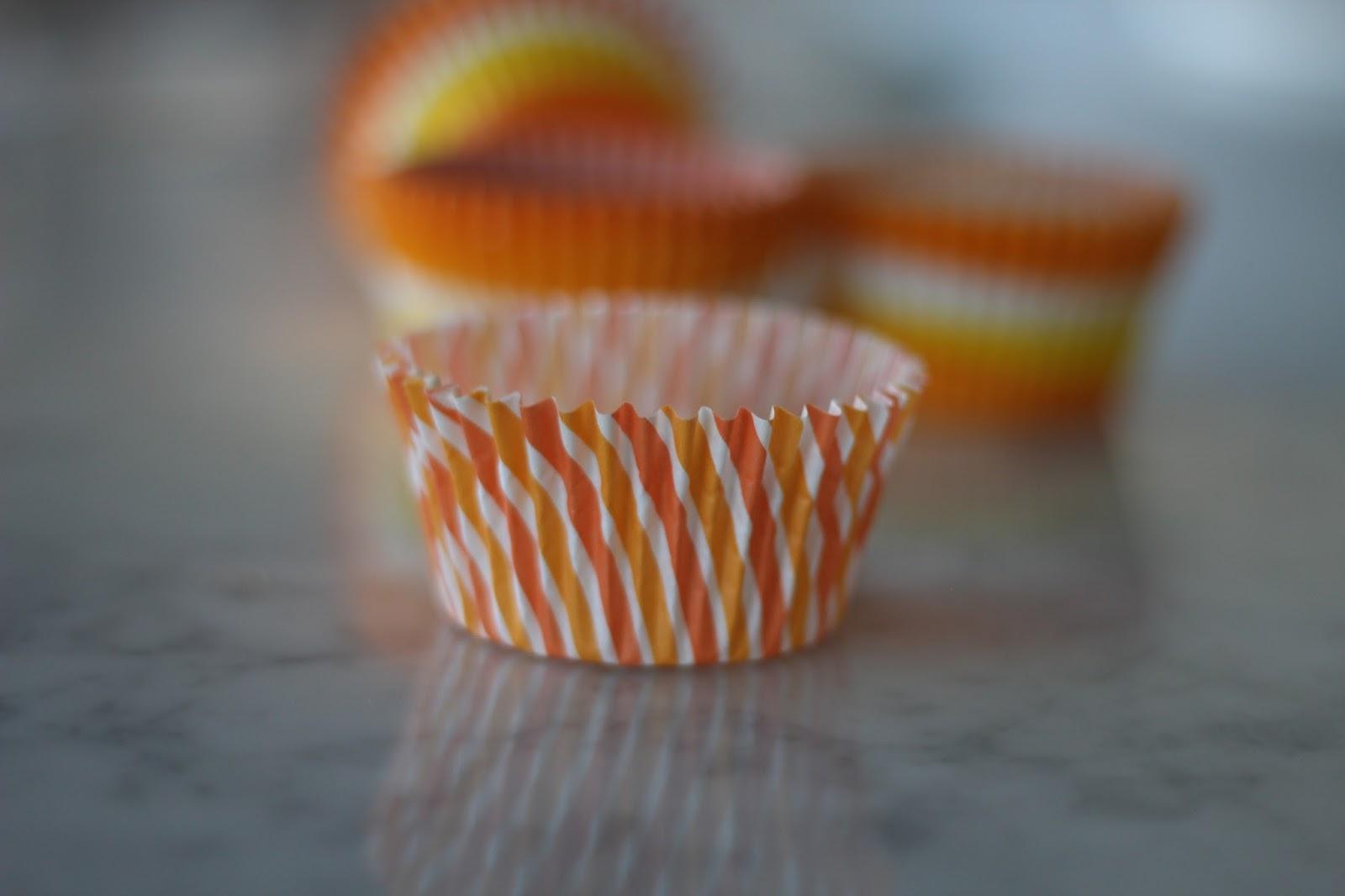 A Bountiful Kitchen: Pumpkin Applesauce Muffins with Maple ...