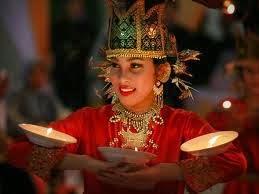 Tari Piring dari Sumatera Barat-Keindahan Berpadu Kelincahan