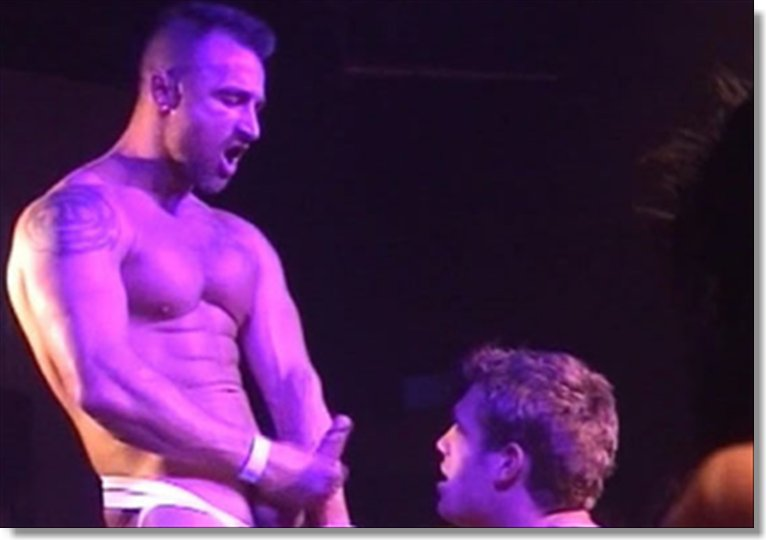 Male Sex On Stage