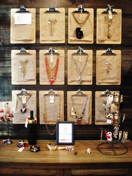The sister sophisticate creative jewelry displays for Jewelry displays