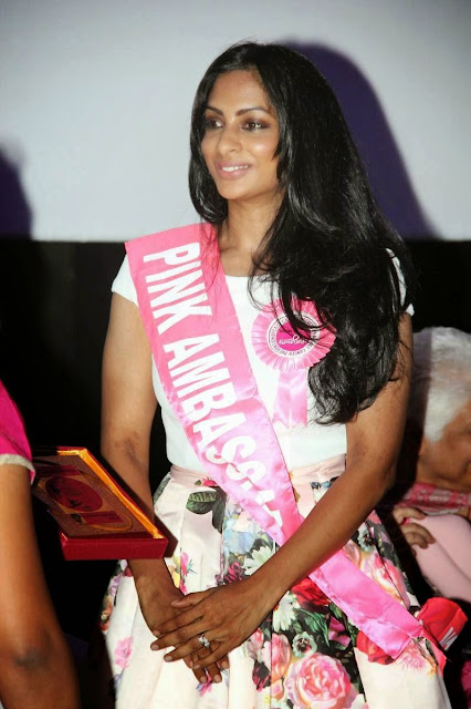 Sriya Reddy Stills At Chennai Turns Pink Press Meet