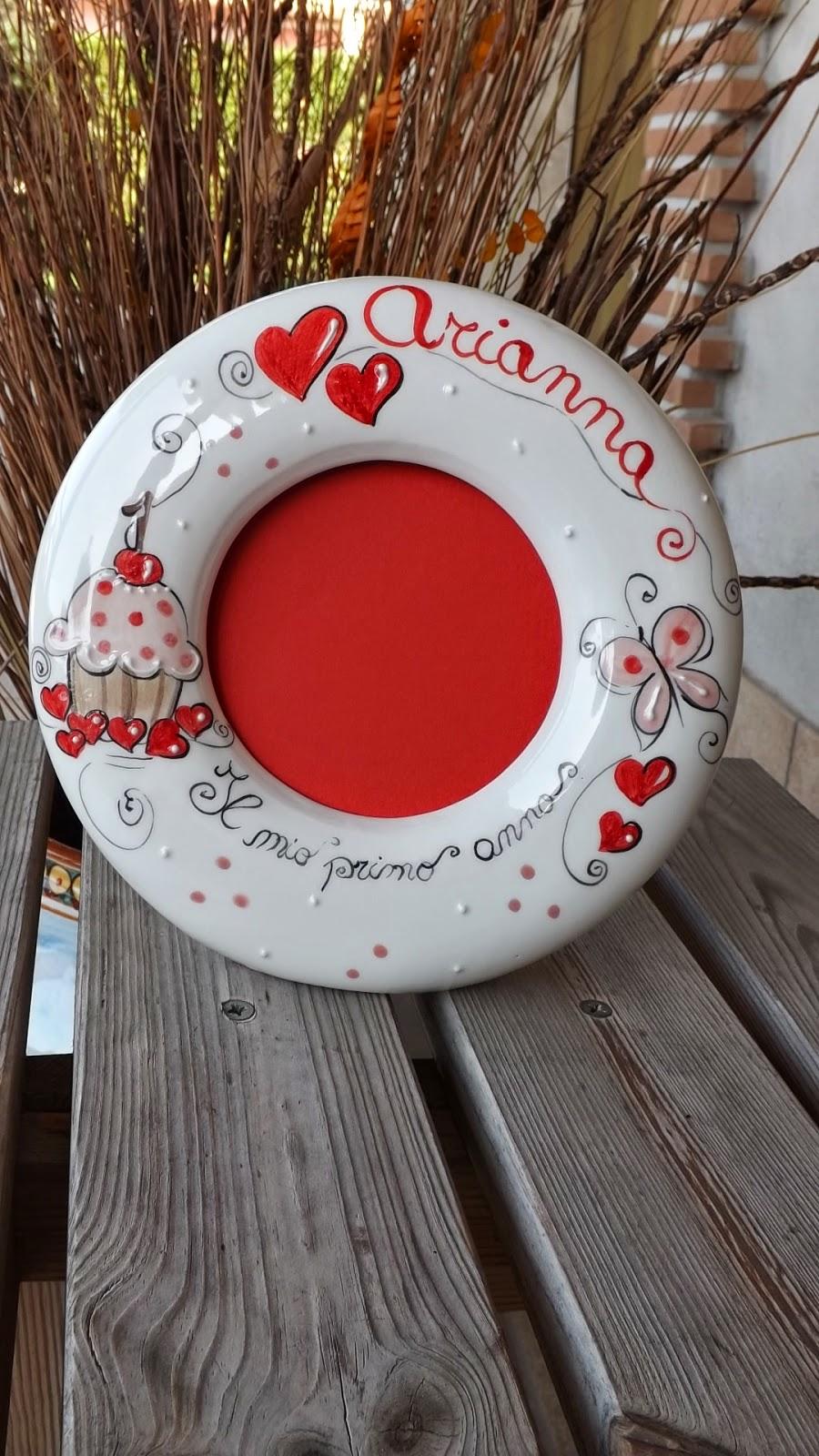 Ceramica come mestiere cornici per foto in ceramica for Cornici a muro per foto