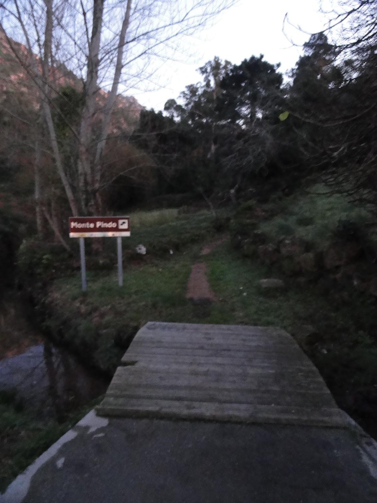 Entrada al Monte Pindo desde O Pindo