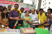 Naresh Birthday Celebrations-thumbnail-17