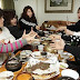 T-ara dines out to celebrate their 'Lovey Dovey' comeback