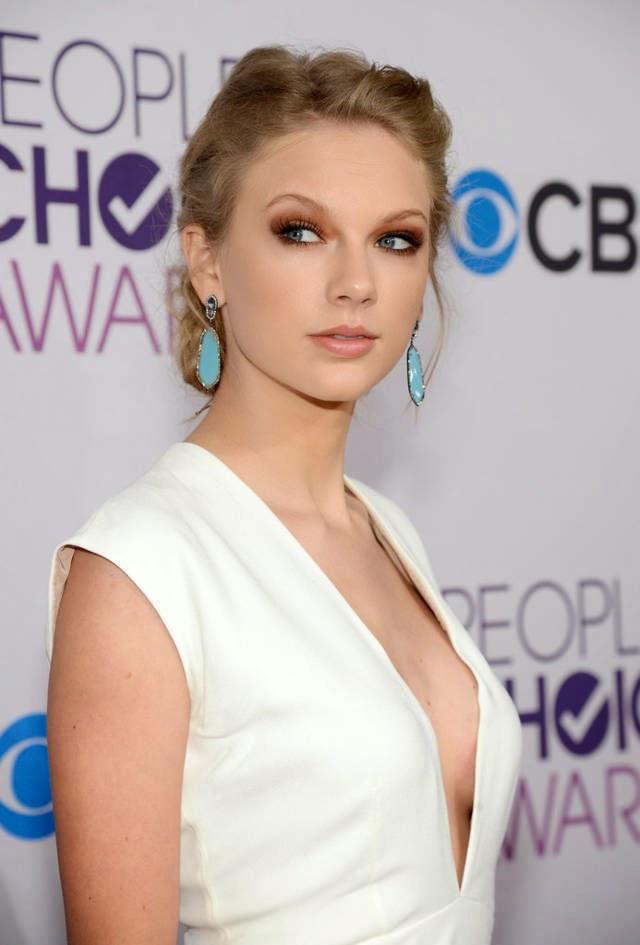 Taylor Swift - artis hollywood